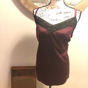 EUC Lane Bryant Satin Front Cami with Lace Accents